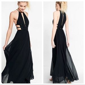 🖤 Express, brand new, cut-out, maxi gown! 🖤
